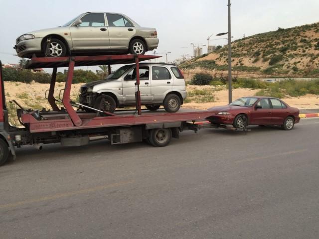 תמונות שלמה עוזר קונה רכבים לפירו